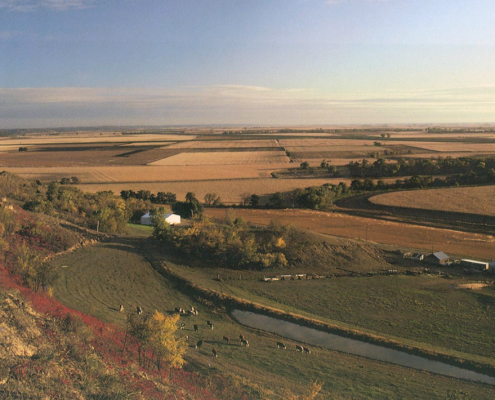 Aerial photo of the Missouri River valley in western Iowa